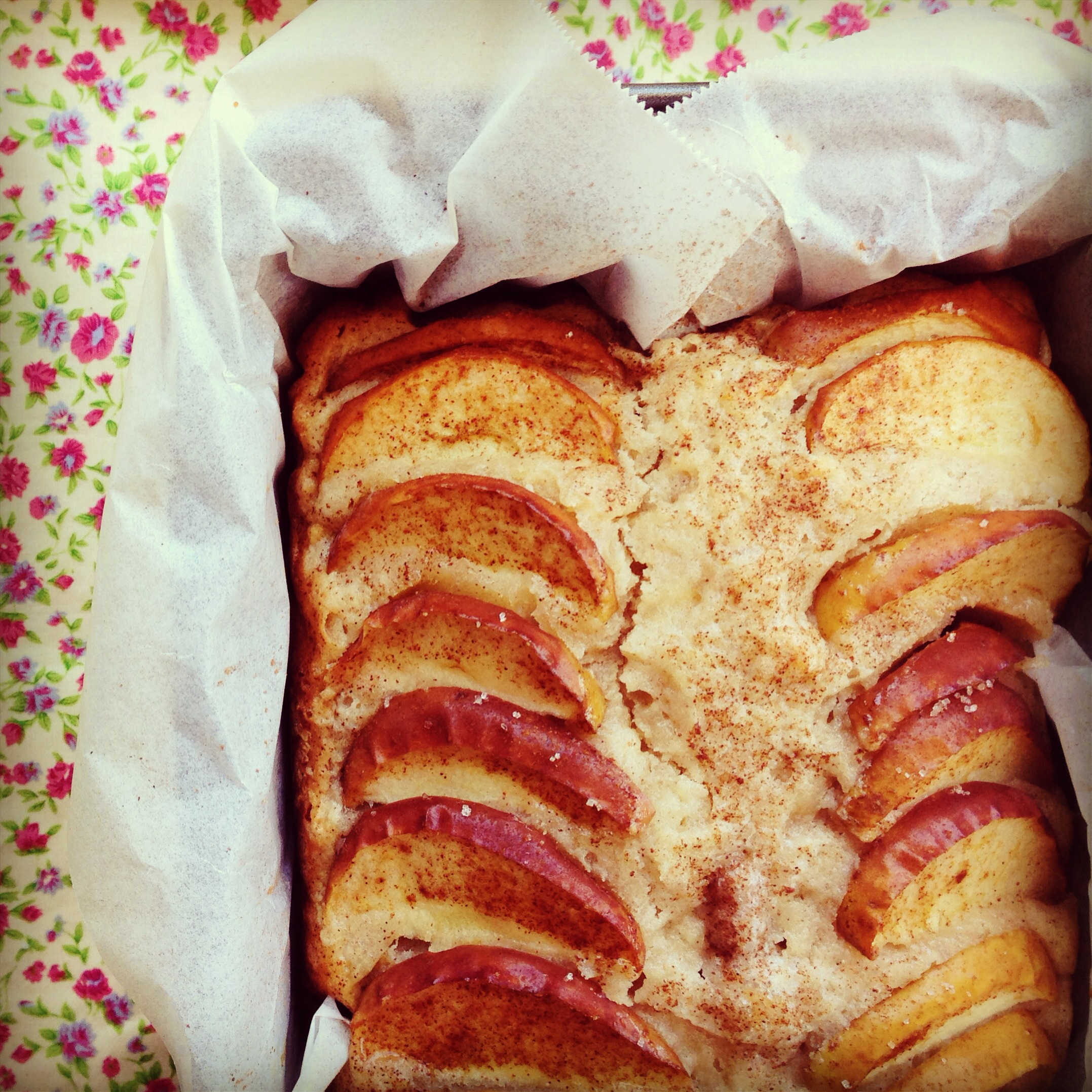 apple tea cake | my lovely little lunch box