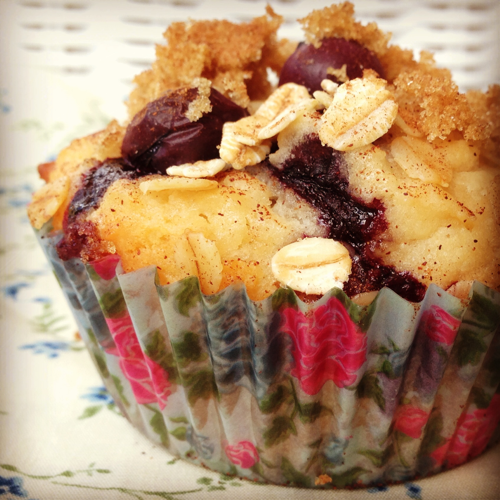 blueberry crumb muffins | my lovely little lunch box