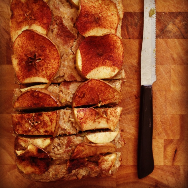 wholesome apple & cinnamon breakfast bread