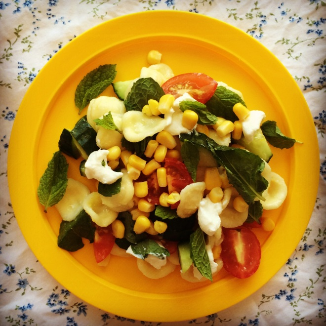 sweetcorn pasta salad