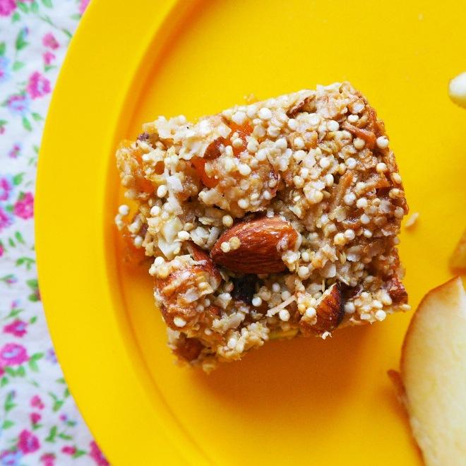 apricot & pistachio quinoa bars